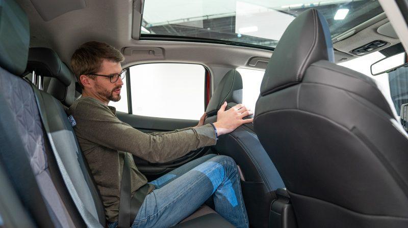 Au milieu de ses nombreuses qualités, le Toyota Yaris Cross devra toutefois faire face à un vrai défaut : l'habitabilité arrière